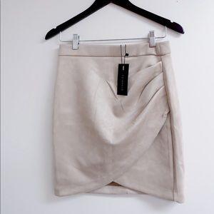 NEW! DYNAMITE Suede mini skirt!